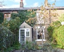 Snaptrip - Last minute cottages - Exquisite High Peak Cottage S3735 -