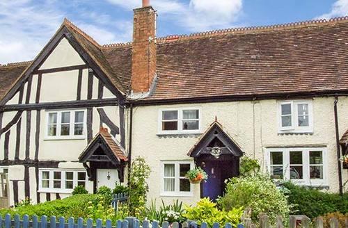 Snaptrip - Last minute cottages - Attractive Lapworth Cottage S37888 -