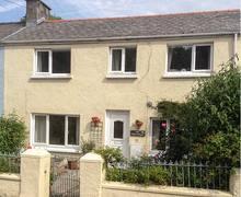 Snaptrip - Last minute cottages - Wonderful Tenby Cottage S37942 -