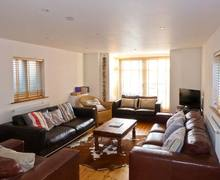 Snaptrip - Last minute cottages - Cosy Yarmouth Rental S3746 -