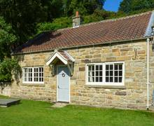 Snaptrip - Last minute cottages - Beautiful Goathland Cottage S38091 -