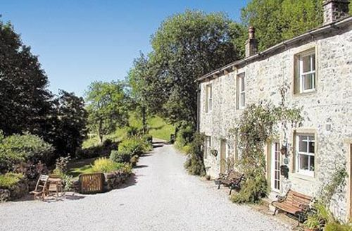 Snaptrip - Last minute cottages - Tasteful Malham Cottage S38103 -