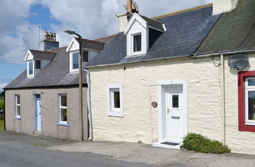 Snaptrip - Last minute cottages - Delightful Newton Stewart Cottage S38185 -