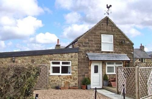 Snaptrip - Last minute cottages - Beautiful  Suite S3785 -