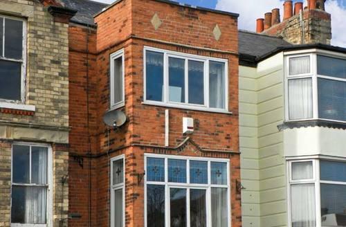 Snaptrip - Last minute cottages - Attractive Bridlington Cottage S3790 -