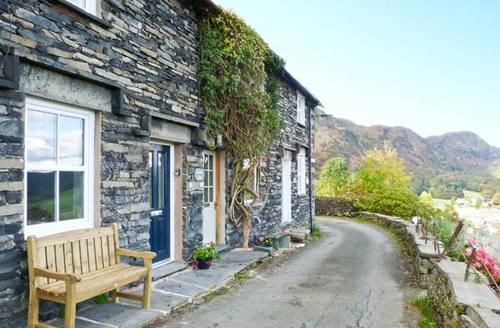 Snaptrip - Last minute cottages - Beautiful Coniston Cottage S3816 -