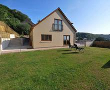 Snaptrip - Last minute cottages - Wonderful Laugharne Cottage S38629 -