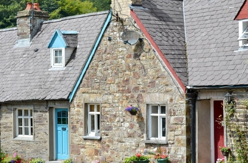 Snaptrip - Last minute cottages - Adorable Llangrannog Cottage S38666 -