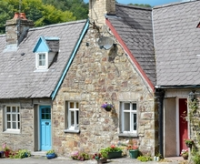 Snaptrip - Last minute cottages - Adorable Llangrannog Cottage S38666 -