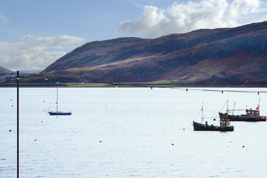 Balone House Situated right on the shorefront overlooking Loch Broom | Balone House, Ullapool