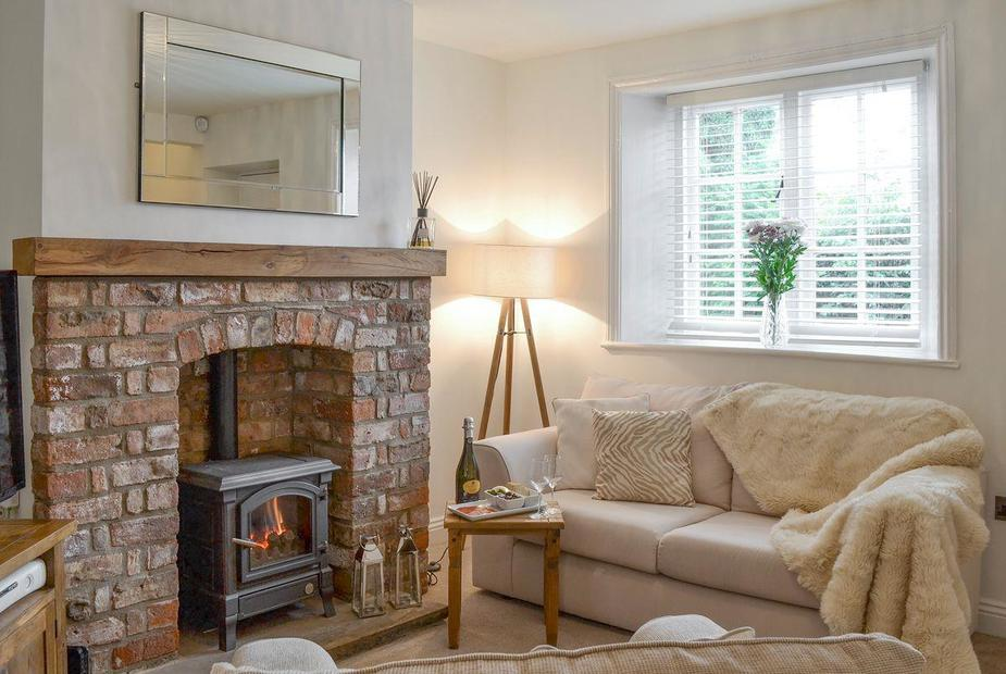 Number Five Pond View Cottages Stylish living room | Number Five Pond View Cottages, Brantingham, near Beverley