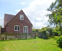 Snaptrip - Last minute cottages - Delightful Worstead Cottage S39253 -