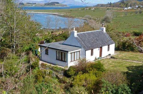 Snaptrip - Last minute cottages - Excellent Port Appin Cottage S39280 -