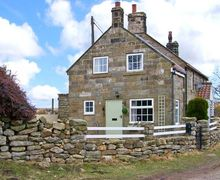 Snaptrip - Last minute cottages - Excellent Lealholm Cottage S39291 -
