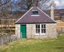 Snaptrip - Holiday cottages - Lovely Edzell Cottage S39309 -
