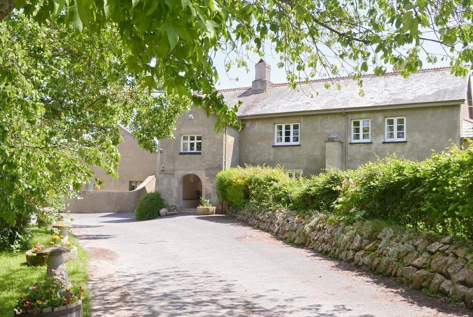 TWELVE OAKS FARMHOUSE Impressive holiday home | Twelve Oaks Farmhouse - Twelve Oaks Holiday Cottages, Teigngrace, near Newton Abbot