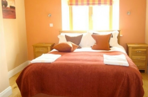 Snaptrip - Last minute cottages - Lovely Meath Country Cottages Cottage S39387 -