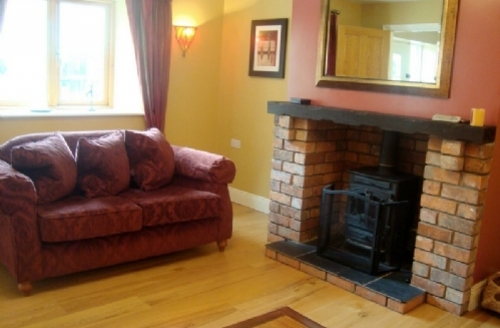 Snaptrip - Last minute cottages - Superb Meath Country Cottages Cottage S39393 -