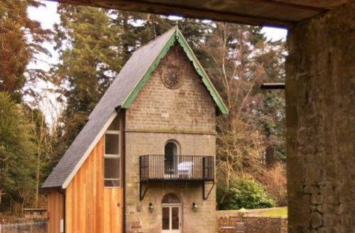 Snaptrip - Last minute cottages - Wonderful Middleton Hall Cottage S39414 -