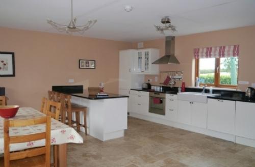 Snaptrip - Last minute cottages - Excellent Meath Country Cottages Cottage S39425 -