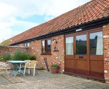 Snaptrip - Last minute cottages - Attractive Iken Cottage S39433 -