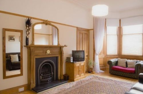 Snaptrip - Last minute cottages - Splendid Spottiswoode Road Apartment S39472 -