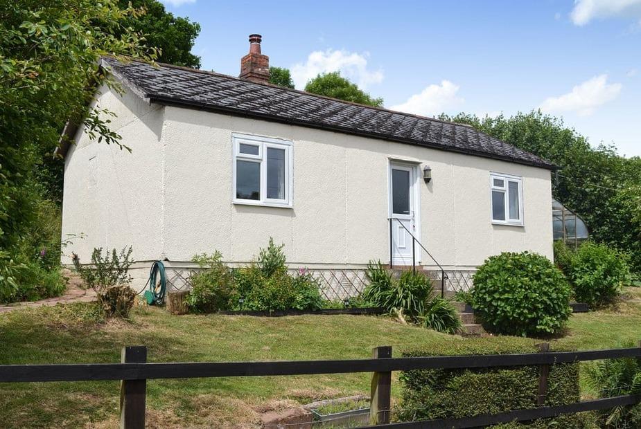 Little Edbury Lovely, quiet, detached single storey holiday property   Little Edbury, Pennymoor, near Crediton