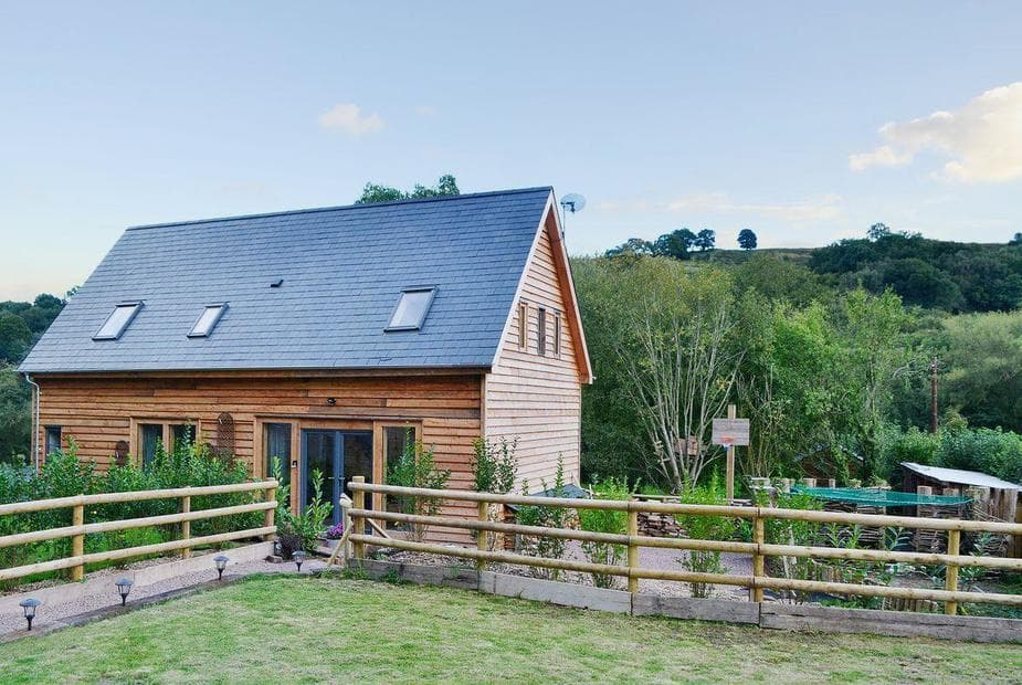 Little House on the Priory Stylish detached barn conversion in the Monmouthshire countryside | Little House on the Priory, Skenfrith, near Monmouth