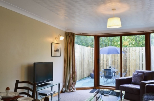 Snaptrip - Last minute cottages - Quaint Drumnadrochit Cottage S39645 -