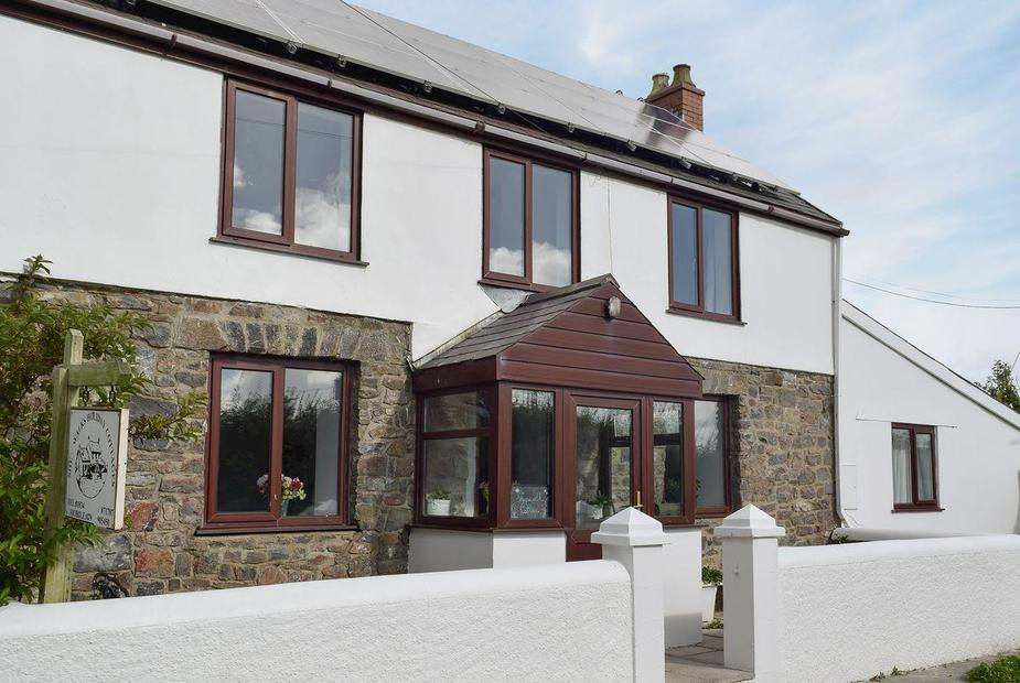 Sheepwalks Cottage Exterior | Sheepwalks Cottage, St Florence, near Tenby