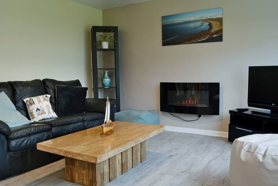 Happy Landing Two Welcoming living area | Happy Landing Two, Harlech