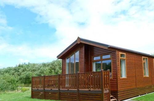 Snaptrip - Last minute cottages - Cosy Carnforth Rental S3991 -