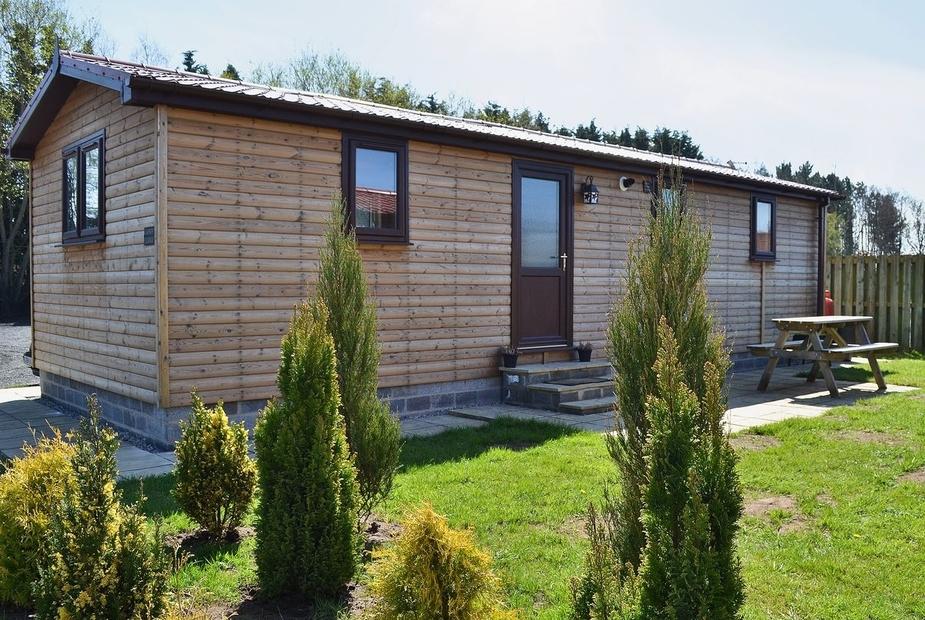 SANDY LODGE Exterior   Lynby Lodges - Sandy Lodge, Wilberfoss, nr. York