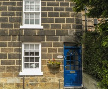 Snaptrip - Last minute cottages - Inviting Saltburn By The Sea Hemeltje S3998 -