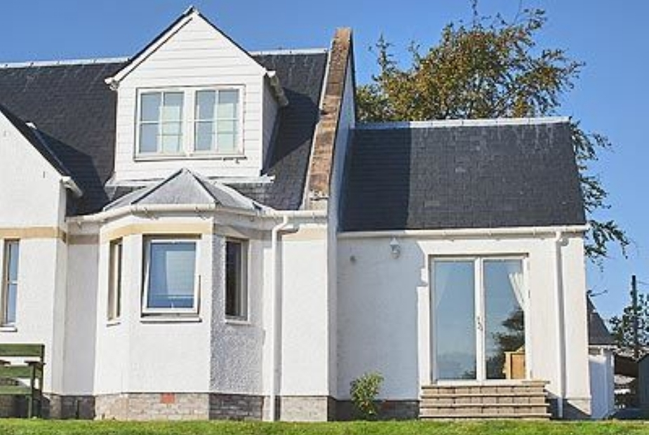 Nevis Let Exterior | Nevis Let, Lochyside, nr. Fort William