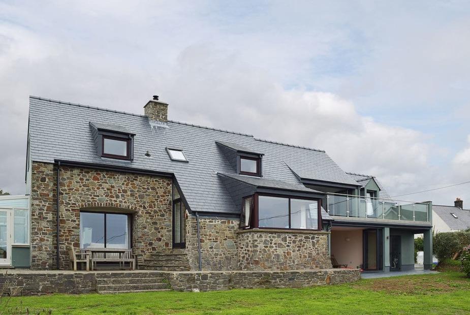 Plas Hyfryd - ON2 Lovely Welsh coastal holiday cottage | Plas Hyfryd, Solva, near Haverfordwest