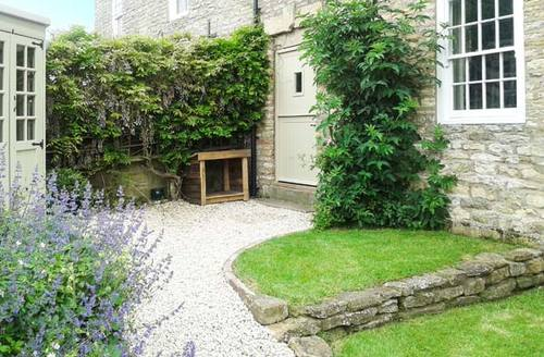 Snaptrip - Last minute cottages - Wonderful York Cottage S4008 -