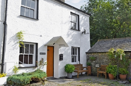 Snaptrip - Last minute cottages - Excellent Lowick Cottage S40059 -