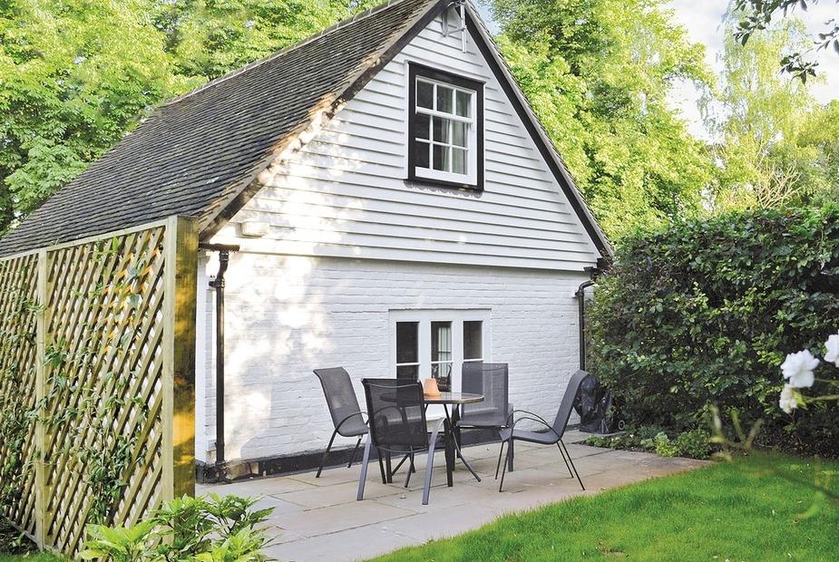 Sawmill Cottage Exterior | Sawmill Cottage, Tunbridge Wells