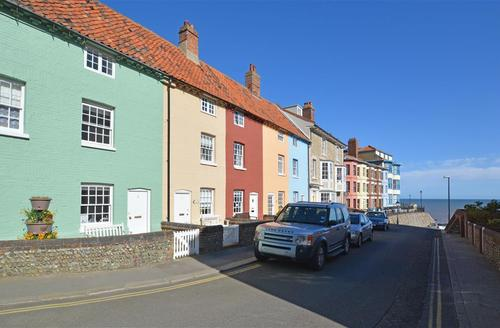 Snaptrip - Last minute cottages - Captivating Cromer  Rental S13111 - Exterior