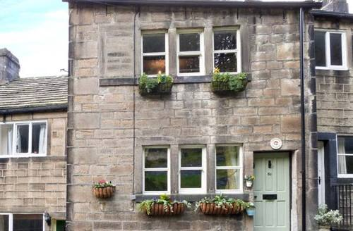 Snaptrip - Last minute cottages - Beautiful Hebden Bridge Cottage S4106 -