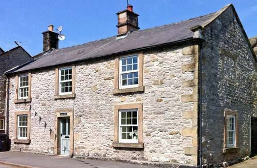 Snaptrip - Last minute cottages - Stunning Bakewell House S4135 -