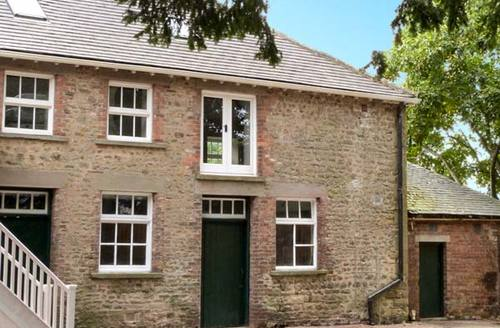 Snaptrip - Last minute cottages - Delightful Bedale Room S4146 -