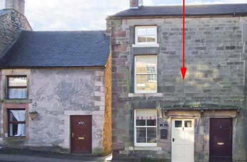 Snaptrip - Last minute cottages - Quaint Longnor House S4167 -