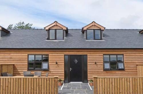 Snaptrip - Last minute cottages - Tasteful Poulton Le Fylde Cottage S4171 -