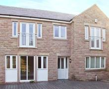 Snaptrip - Last minute cottages - Lovely Matlock Street S4175 -
