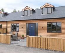 Snaptrip - Last minute cottages - Gorgeous Poulton Le Fylde Cottage S4177 -