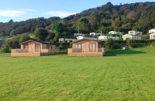 Snaptrip - Last minute cottages - Wonderful Scarborough Rental S4178 -