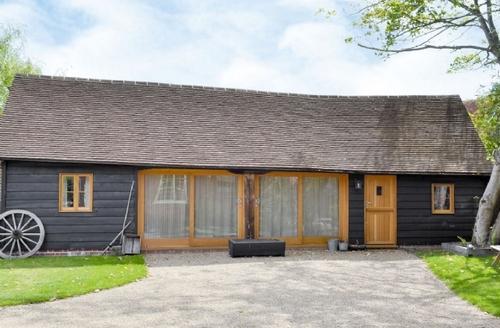 Snaptrip - Last minute cottages - Exquisite Ashford Lodge S40958 -