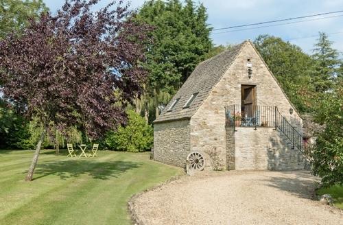 Snaptrip - Last minute cottages - Excellent Cirencester Cottage S40961 -